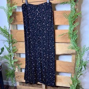 Briggs NY | Vintage Floral Black Maxi Skirt